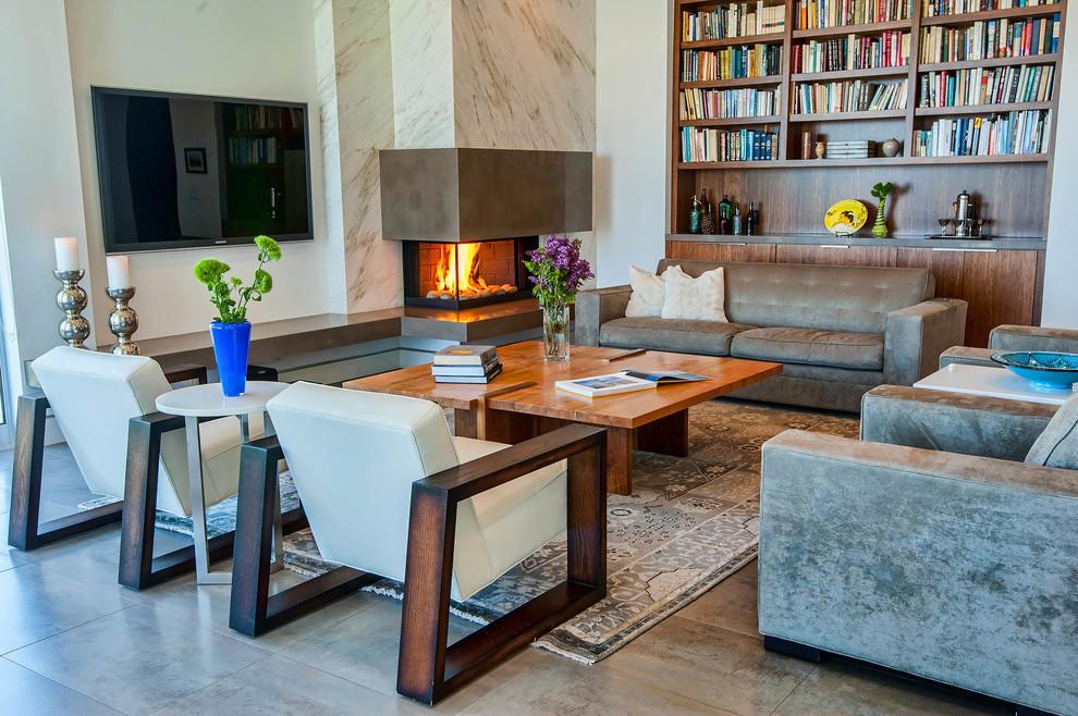 La cheminée peut servir non seulement d'outil de chauffage, mais également d'élément décoratif.