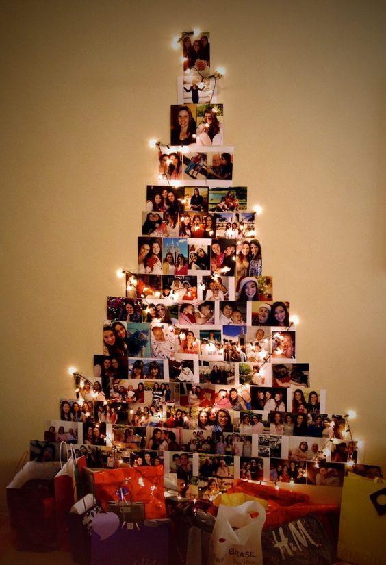 Arbre de Noël à partir d'une photo sur des guirlandes