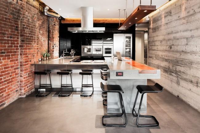Plafond en plaques de plâtre à l'intérieur d'une cuisine de style loft