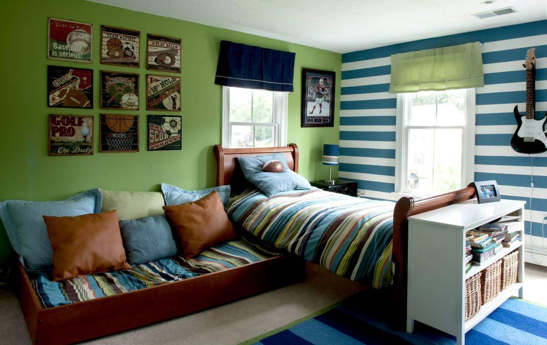 La couchette inférieure peut être placée n'importe où dans la pièce