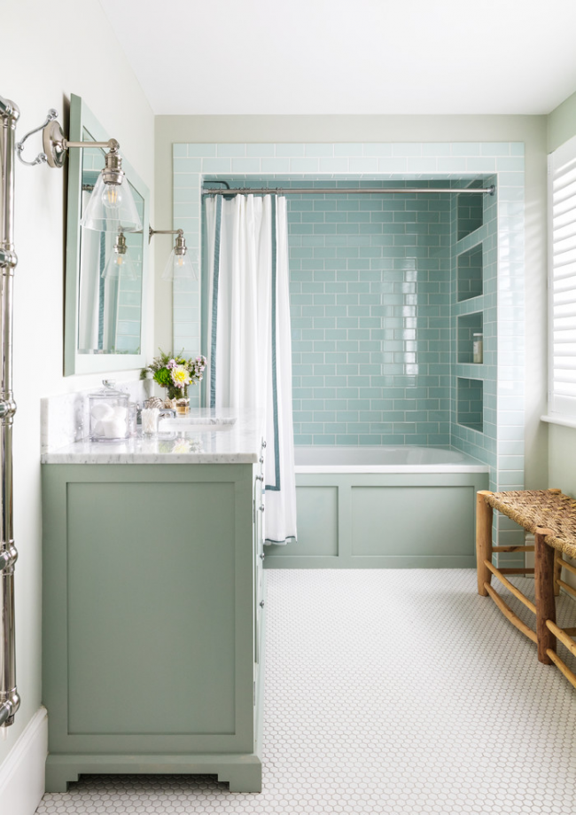 Une salle de bain nautique n'est pas une idée galvaudée.  Il s'agit de l'incarnation de l'atmosphère prévue