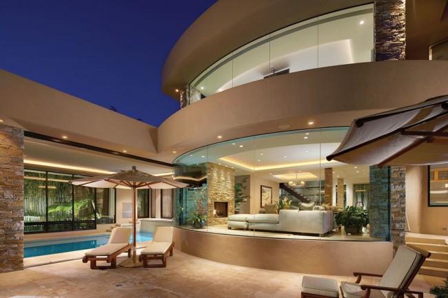 Magnifique maison de maître aux fenêtres panoramiques