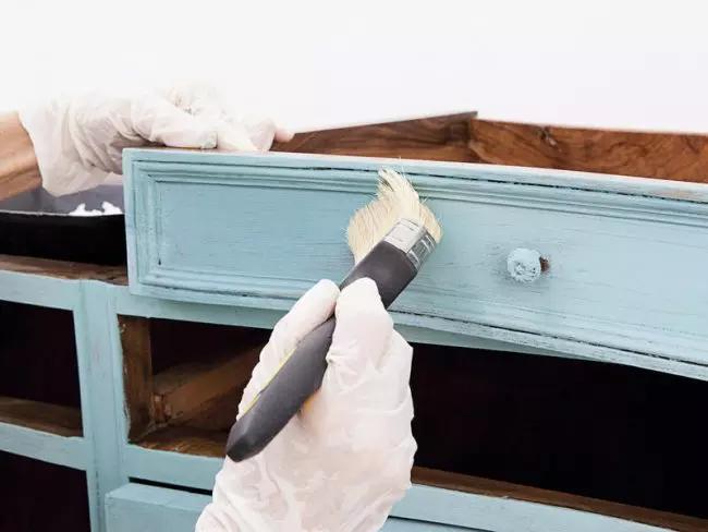 Application de peinture acrylique
