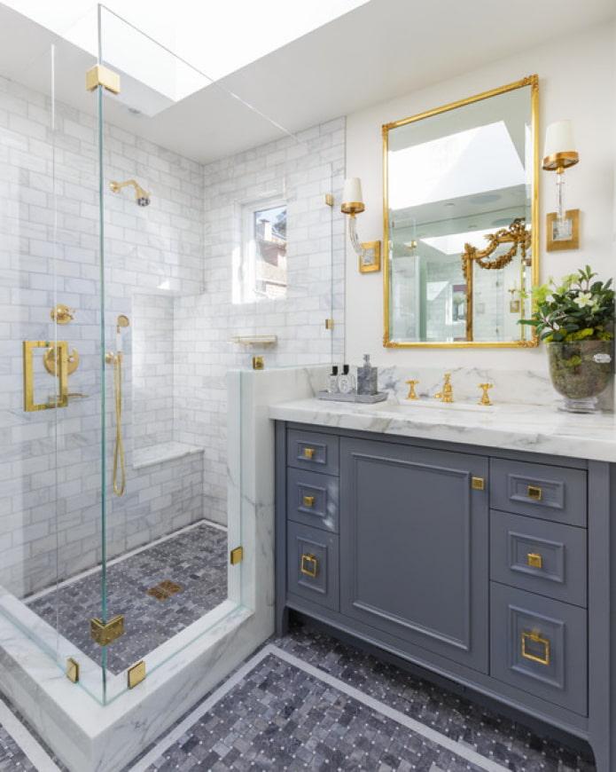 carreaux de marbre de douche