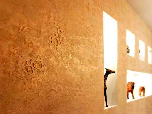 Travailler avec du plâtre décoratif vous fera plaisir et ne compliquera pas du tout