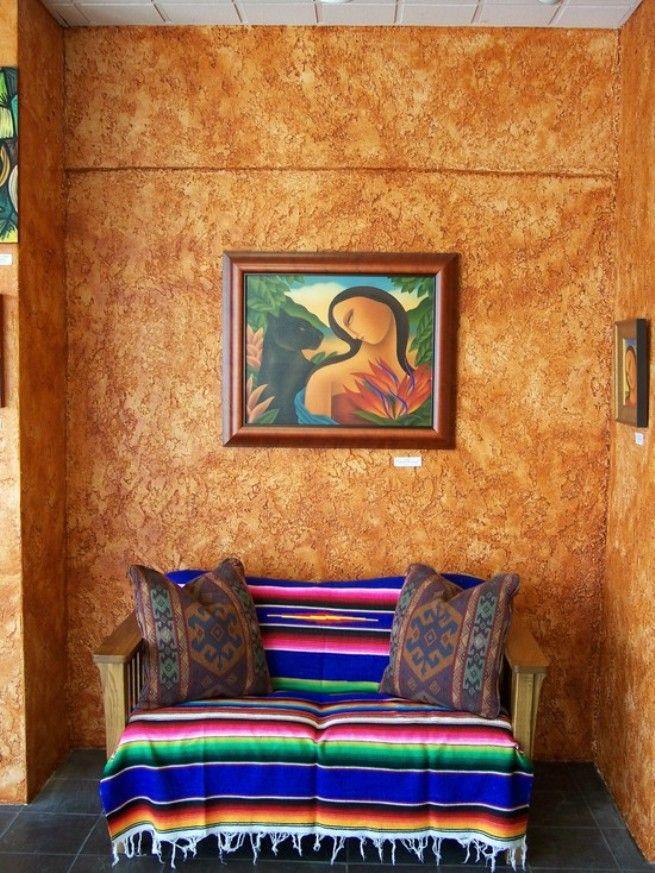 La décoration et la résistance aux facteurs agressifs du plâtre texturé aideront à décorer parfaitement n'importe quelle pièce