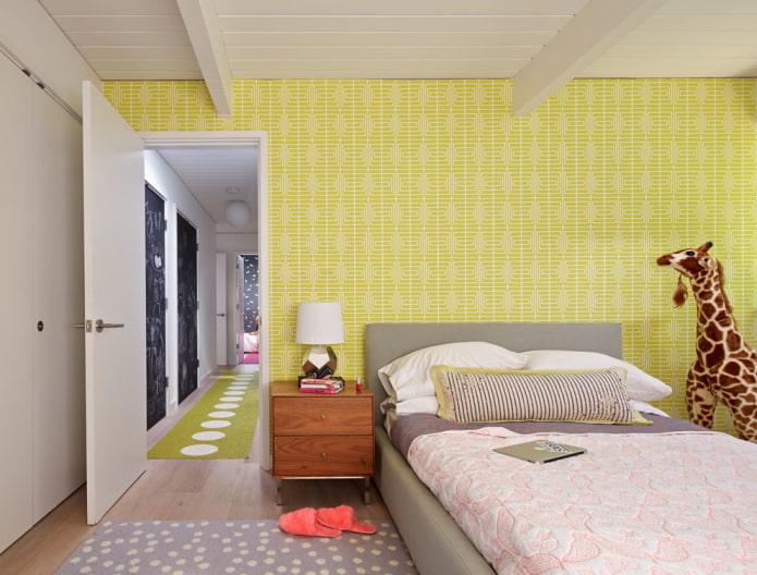 murs jaunes dans la pépinière