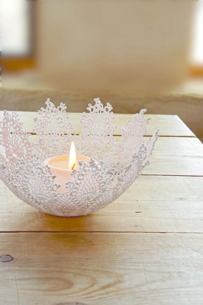 Le chandelier ajouré au crochet aura l'air extraordinairement délicat et aéré