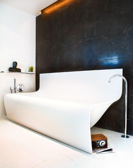 Les baignoires en acrylique peuvent être des configurations les plus inhabituelles