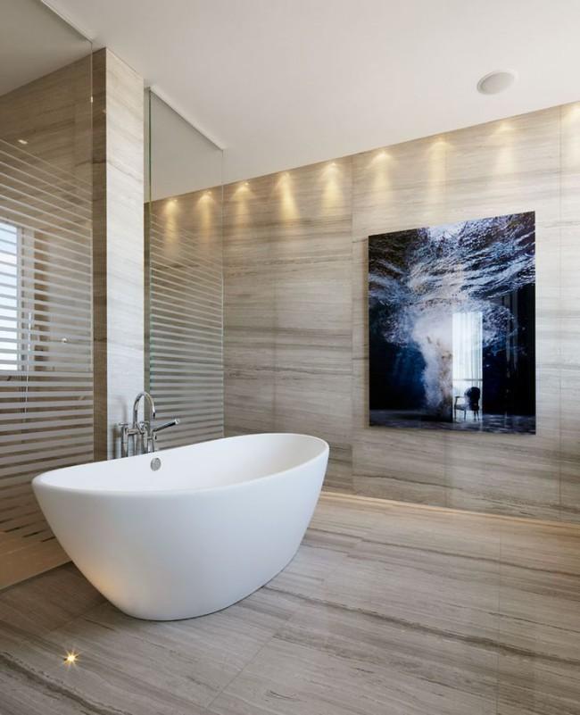 Les baignoires en acrylique gagnent en popularité et en intérêt