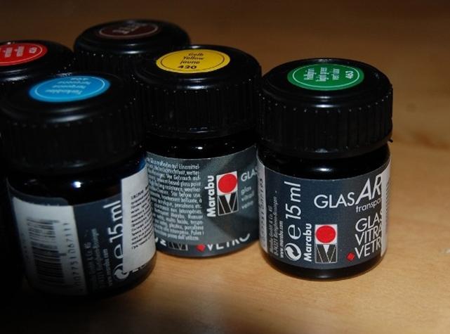 Peintures pour vitraux à base de résines alkydes