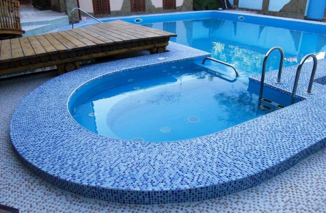 Mosaïque de piscine