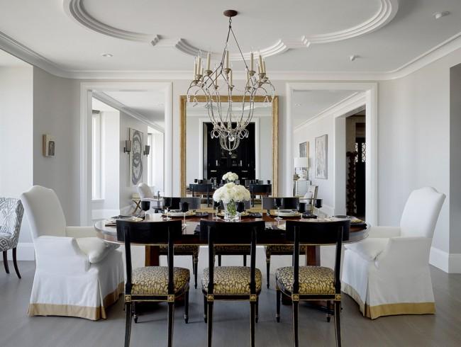L'un des types de décoration de plafond est le stuc