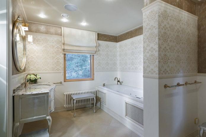 Salle de bain de luxe avec jacuzzi