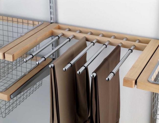 Une solution de stockage pratique est la tâche principale de l'open