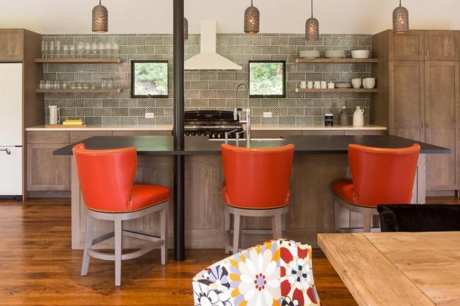 Couleur chêne blanchi.  Façades de meubles de cuisine en chêne naturel - des classiques intemporels