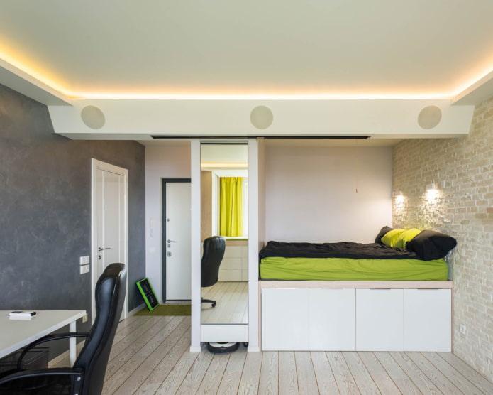 Éclairage LED au plafond