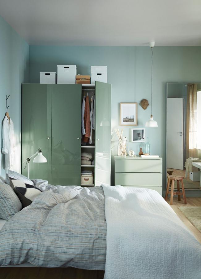 Décoration de chambre aux couleurs menthe