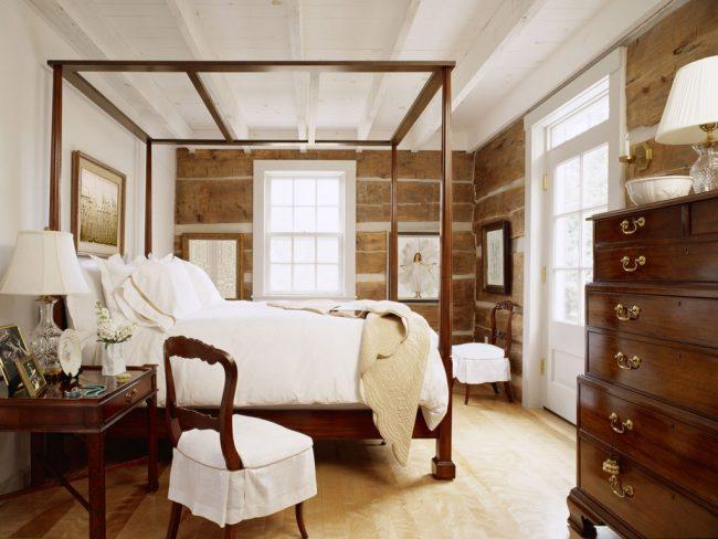 Le style colonial se marie bien avec les motifs rustiques