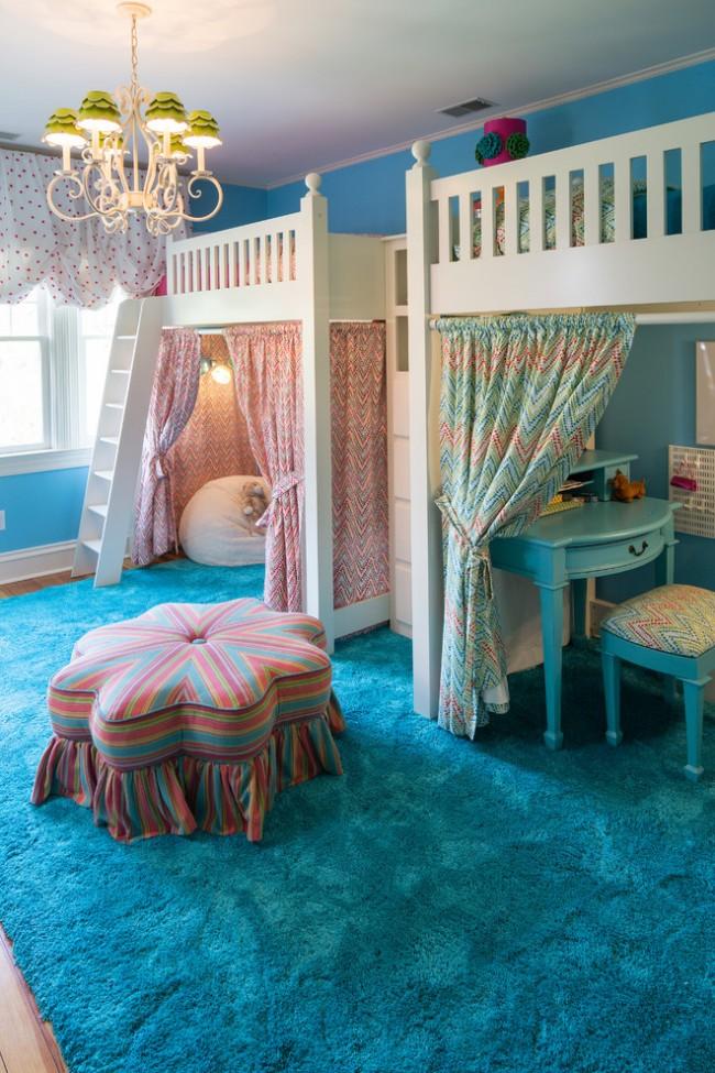 Un lit mezzanine peut économiser beaucoup d'espace