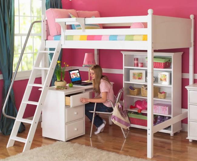 Les escaliers menant au lit mezzanine doivent être confortables et sûrs