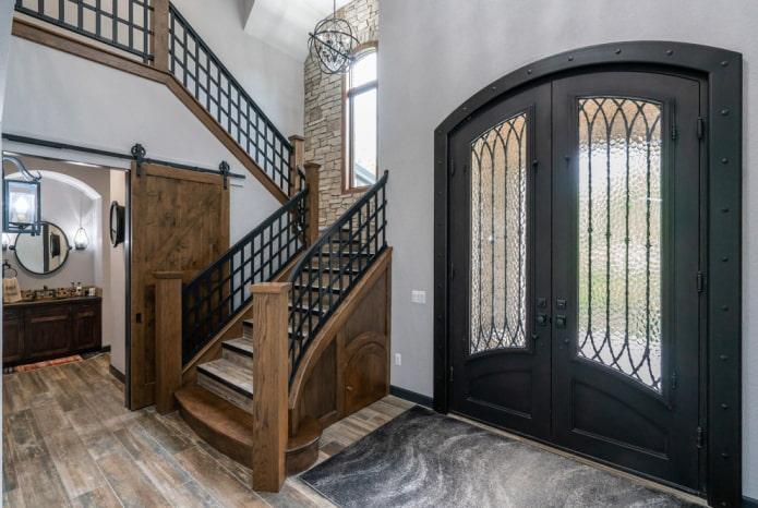 portes d'entrée forgées à l'intérieur