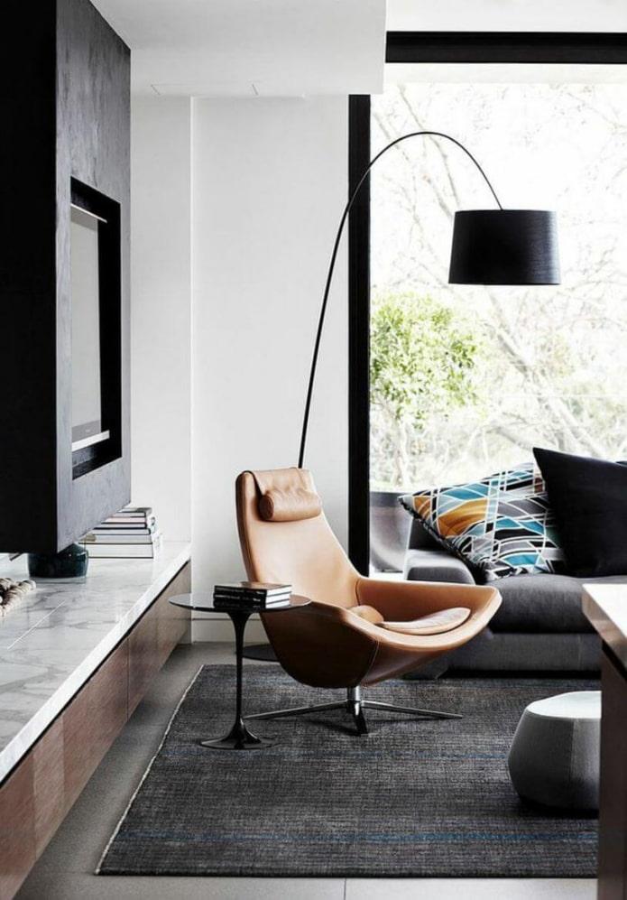 fauteuil en cuir dans le salon