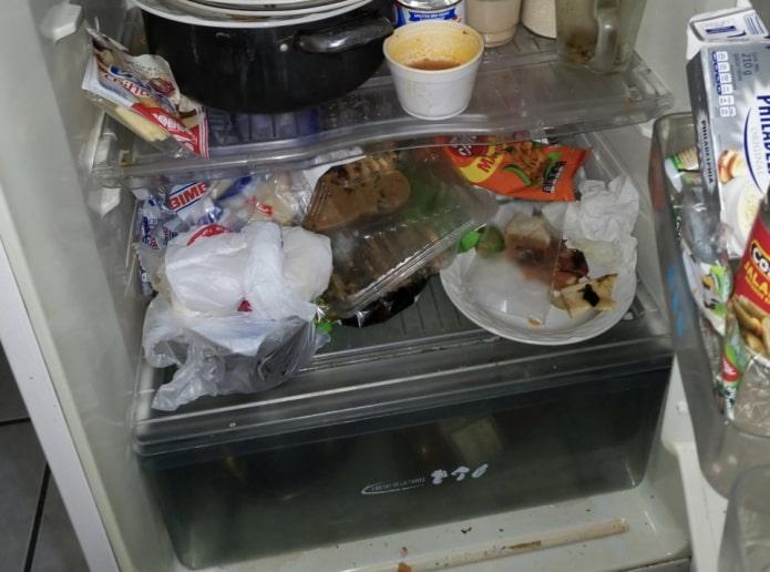 Odeur désagréable dans le réfrigérateur - facile et simple à éliminer