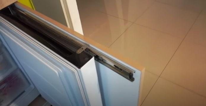 construire dans un réfrigérateur ordinaire