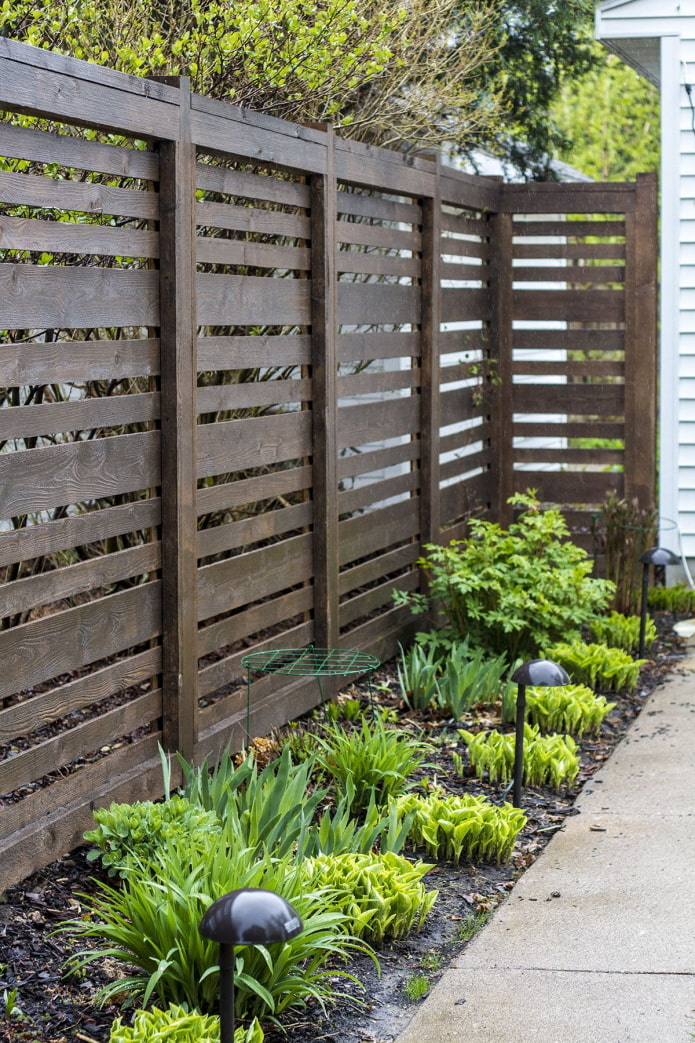 clôture horizontale en bois