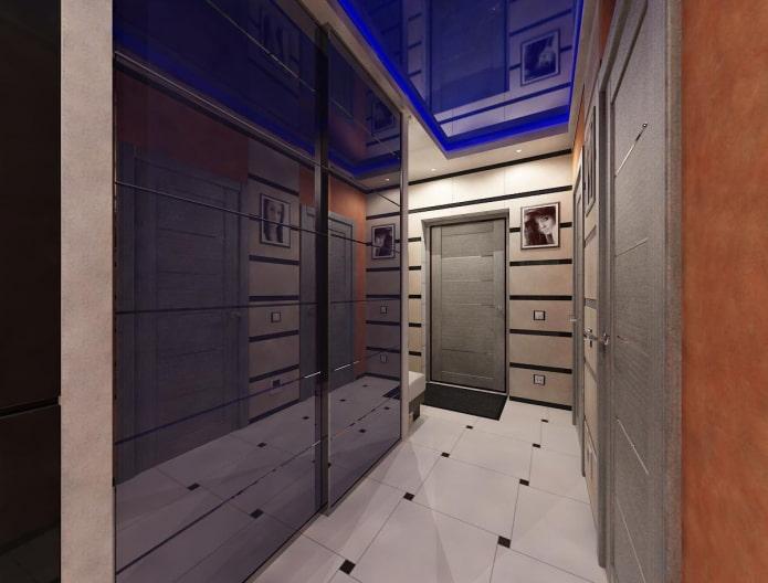 structure de tension bleue dans le couloir