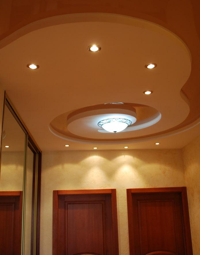 structure de plafond tendu de forme complexe