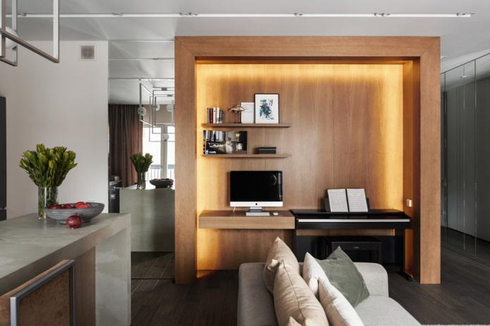 niche avec garniture en bois à l'intérieur du salon