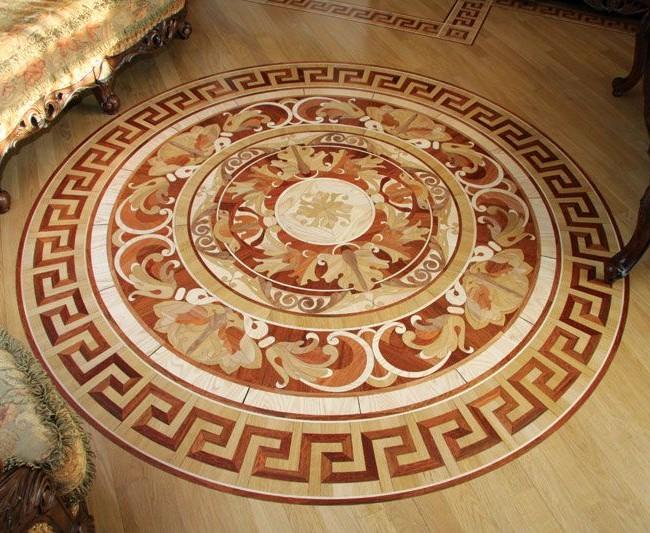 Dessin intéressant sur parquet d'art - chaque cercle a son propre motif