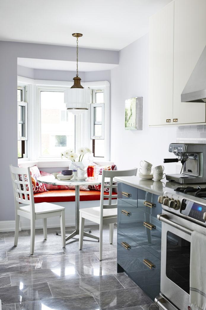 cuisine avec baie vitrée