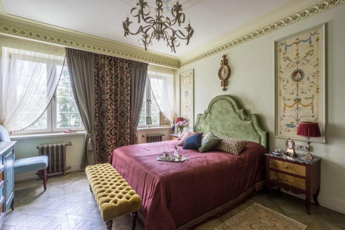 rideaux combinés dans la chambre