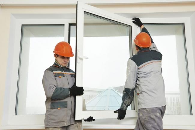 Si de la condensation se forme à l'intérieur de la vitre, celle-ci doit être remplacée
