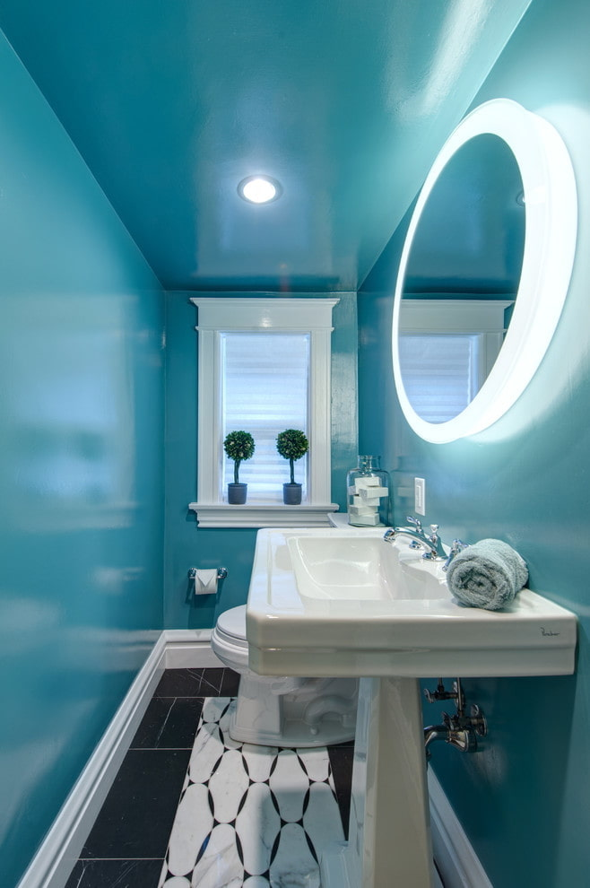plafond bleu brillant