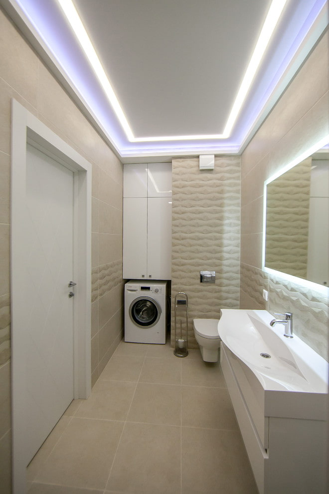 plafond tendu dans la salle de bain