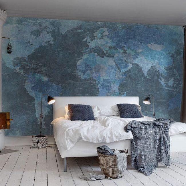 Papier peint photo dans des tons bleus pour une chambre lumineuse