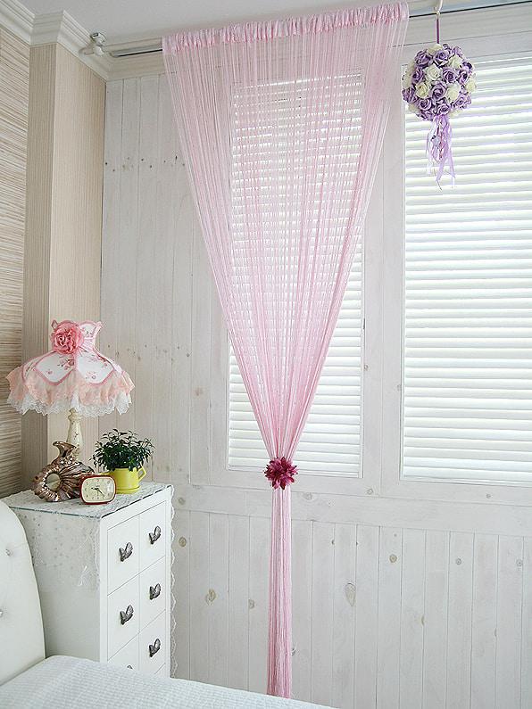 rideaux de fil rose