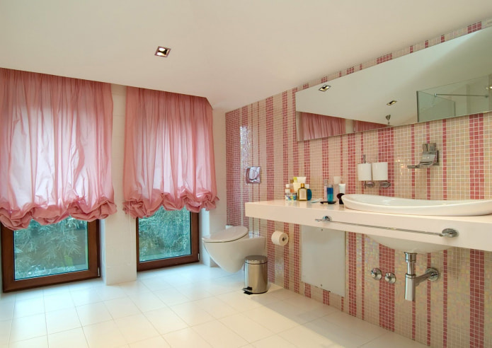 organza dans la salle de bain