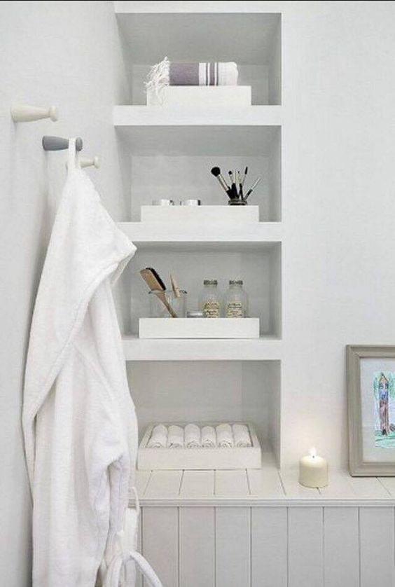 Bougie dans la salle de bain