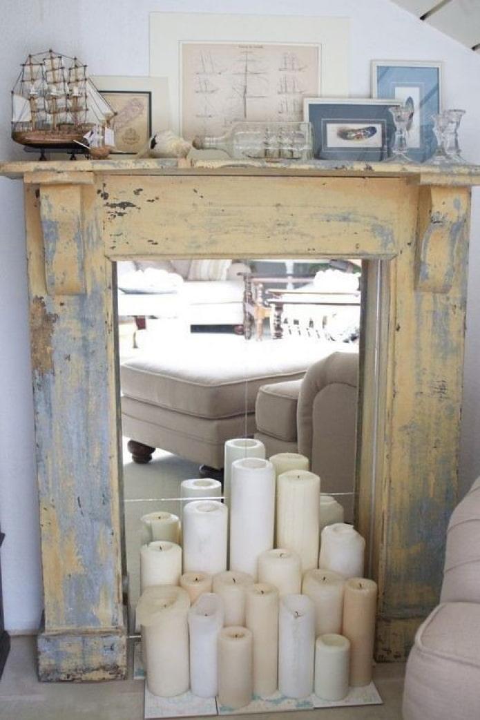 Miroir et bougies