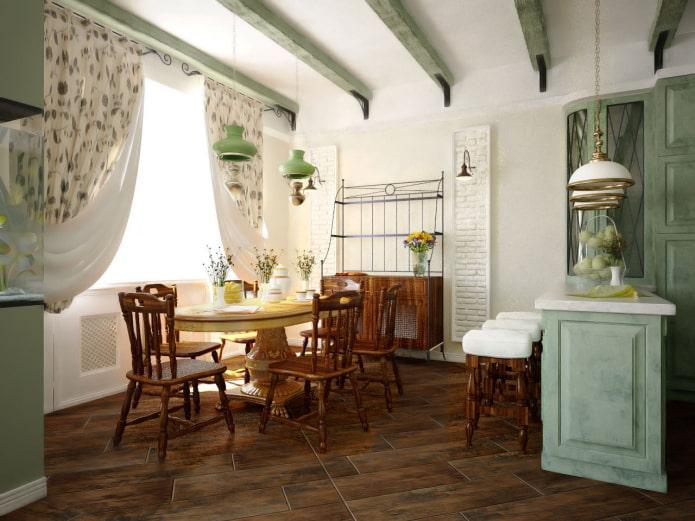 maison rustique avec salle à manger