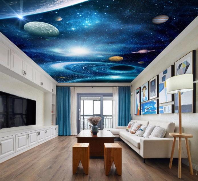 plafond avec une image de l'espace dans le salon