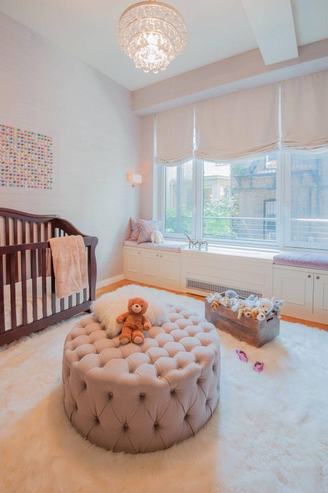 De tels rideaux seront un excellent ajout à la chambre d'un garçon et d'une fille.