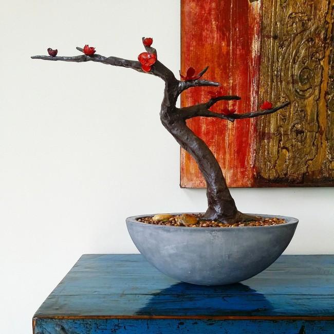 Les experts en Feng Shui déconseillent fortement de peindre toute la pièce d'une seule couleur, en particulier le rouge.  Tu peux toujours