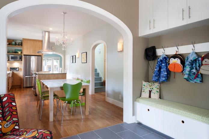 arc entre cuisine et couloir