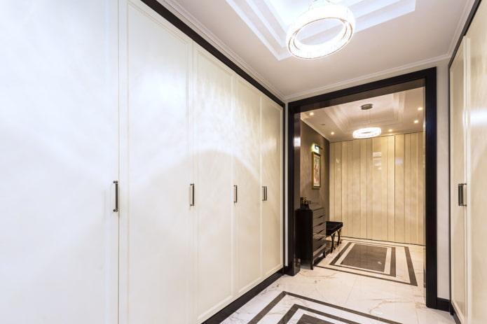 arc de séparation à l'intérieur du couloir